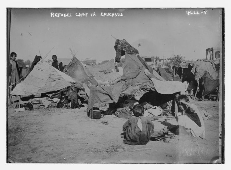 Refugee_camp_in_Caucasus_LOC_27843846546